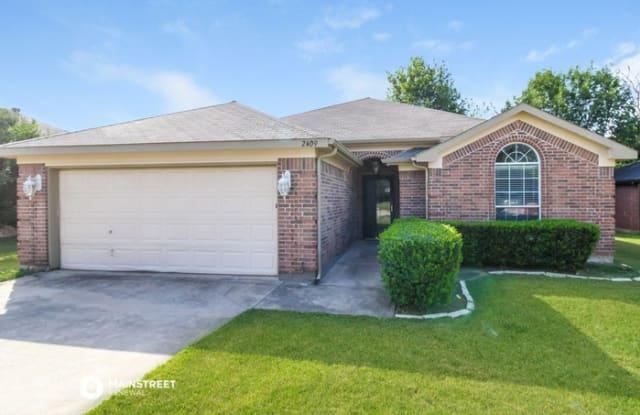 313 Spurlock Drive - 313 Spurlock Drive, Krum, TX 76249
