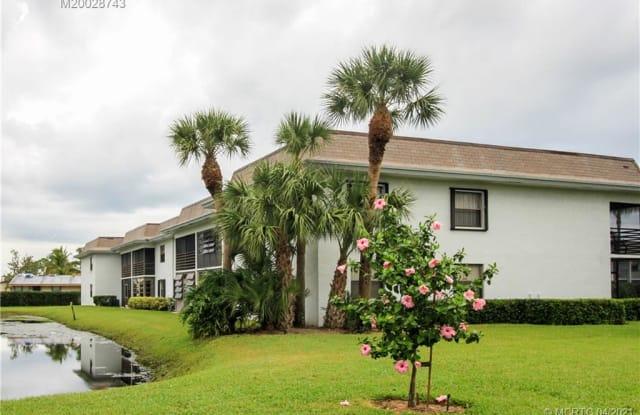 1271 SE Parkview Place - 1271 Southeast Parkview Place, Stuart, FL 34994