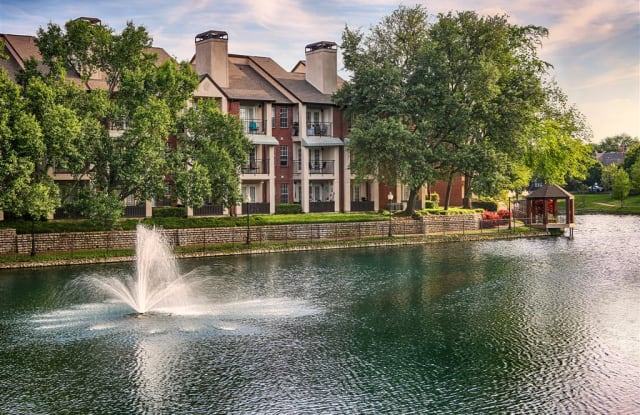 Tonti Lakeside Luxury Apartments - 7777 Glen America Dr, Dallas, TX 75225