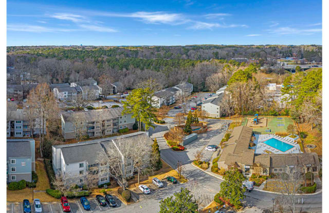 Springdale Glen Apartment Homes - 3800 Brockett Trail, Clarkston, GA 30021