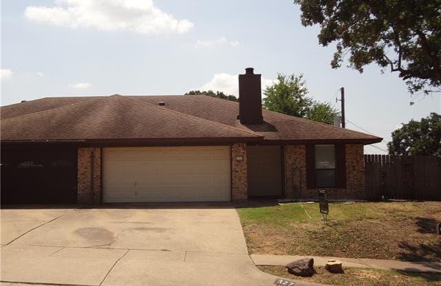 327 Sheri Lane - 327 Sheri Lane, Hurst, TX 76053