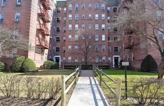 776 Bronx River Road - 776 Bronx River Road, Yonkers, NY 10708