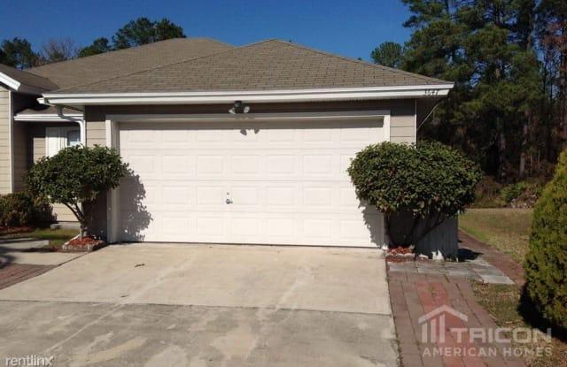 3647 Star Leaf Road W - 3647 Star Leaf Road North, Jacksonville, FL 32210