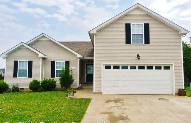 1335 Jenny Ct - 1335 Jenny Court, Clarksville, TN 37042