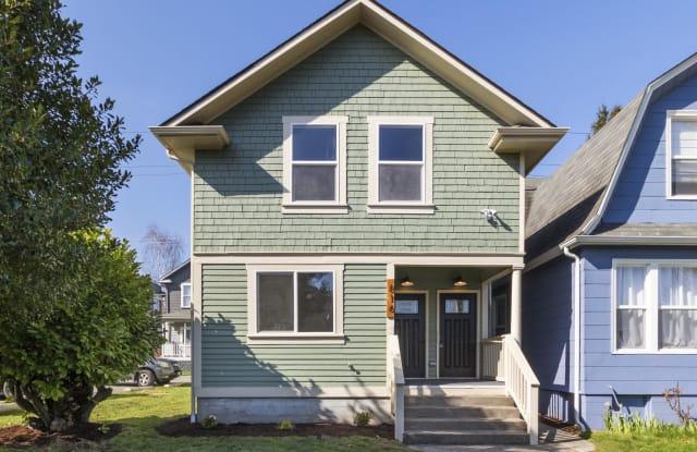 816 South Sheridan Avenue - 816 South Sheridan Avenue, Tacoma, WA 98405