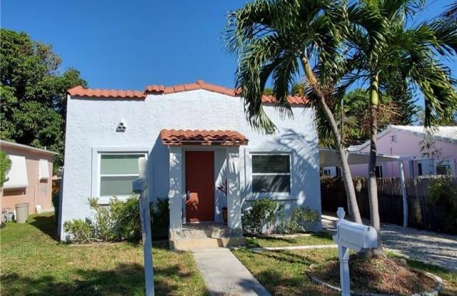 35 SE 12th St - 35 Southeast 12th Street, Dania Beach, FL 33004
