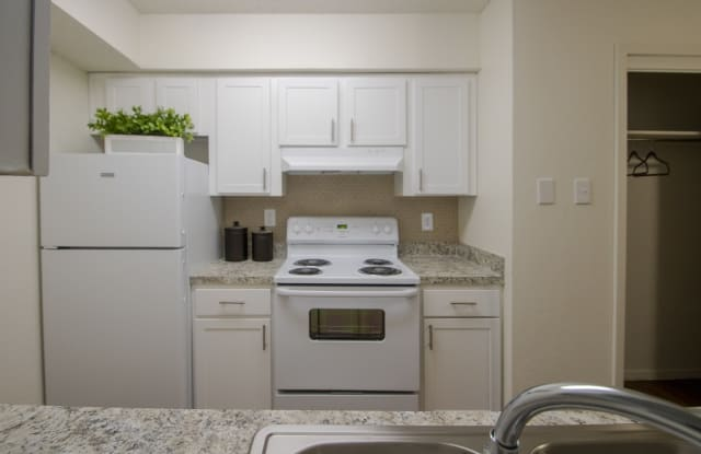 The Boulders Apartments - 6337 Duck Creek Dr, Garland, TX 75043