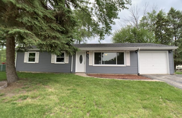 325 Lahonda Dr - 325 Lahonda Drive, South Haven, IN 46385