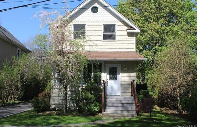 36 Cottage Avenue - 36 Cottage Avenue, Harrison, NY 10577