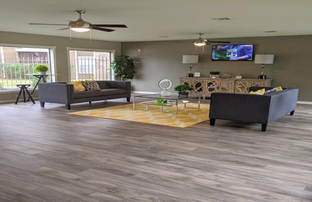 Oak Run Manor Apartments - 4100 Vista Rd, Pasadena, TX 77504