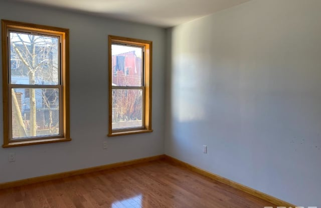 3422 Irwin Avenue - 3422 Irwin Avenue, Bronx, NY 10463