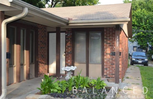1327 SW Washburn Ave - 1327 Southwest Washburn Avenue, Topeka, KS 66604