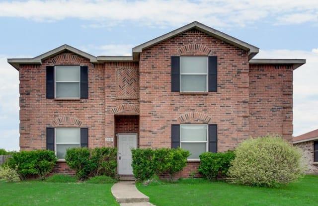 2909 Goldenrod Drive - 2909 Goldenrod Drive, Lancaster, TX 75134