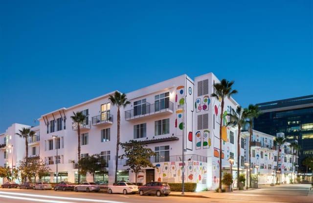 The Lofts at NoHo Commons - 11179 Weddington St, Los Angeles, CA 91601