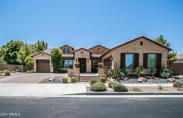 3009 E VALENCIA Drive - 3009 East Valencia Drive, Phoenix, AZ 85042