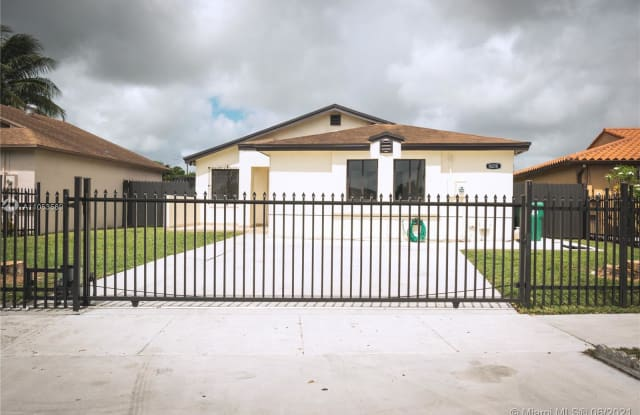 18218 SW 114th Ct - 18218 SW 114th Ct, South Miami Heights, FL 33157