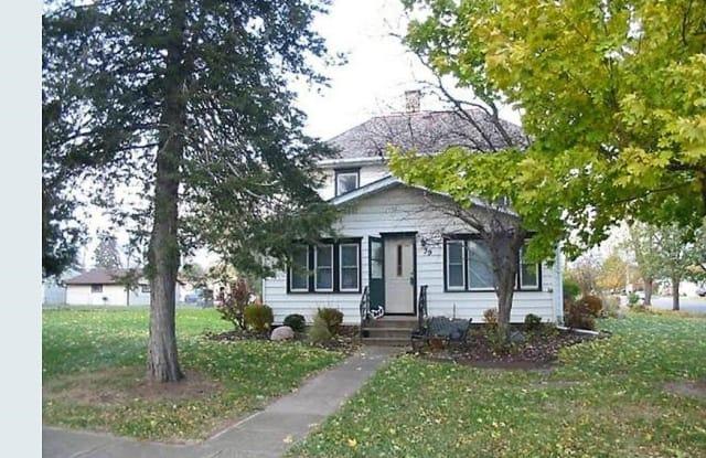 39 Oak Street - 39 Oak Street, Farmington, MN 55024