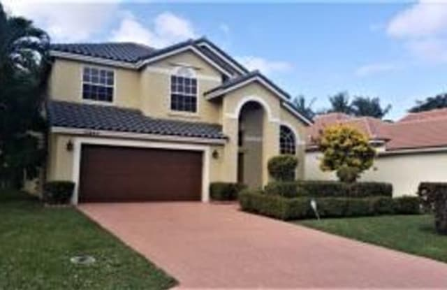 10885 La Salinas Circle - 10885 La Salinas Circle, Palm Beach County, FL 33428