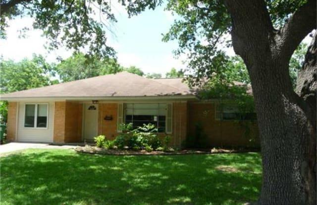 2114 Hewitt Street - 2114 Hewitt Dr, Houston, TX 77018