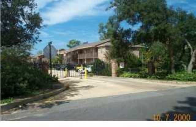 1850 Norwood Court - 1850 Norwood Ct, Wright, FL 32548