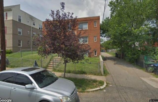5024 H St SE - 5024 H Street Southeast, Washington, DC 20019