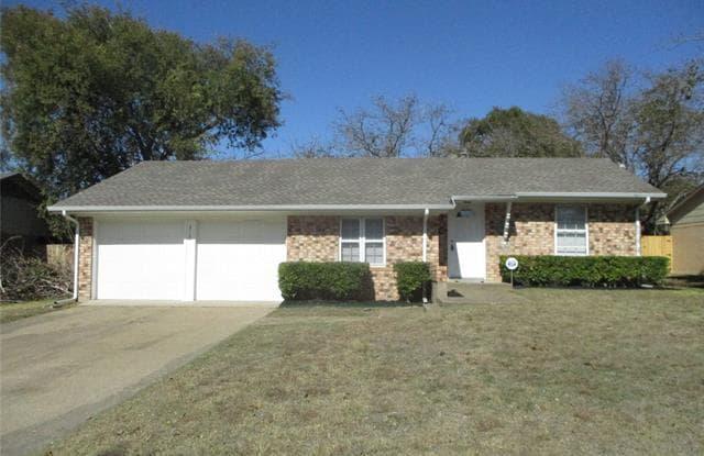315 Memory Lane - 315 Memory Lane, Duncanville, TX 75116