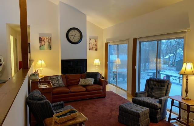 Northeast 4 bedroom house - 142 Burleigh Drive, Northeast Ithaca, NY 14850
