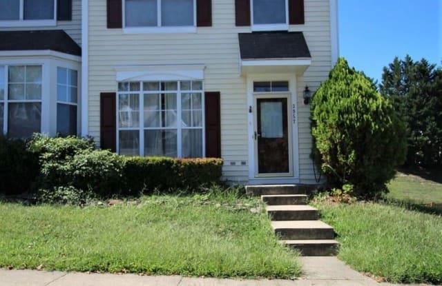 3957 Hartlake Street - 3957 Hartlake Street, Lake Ridge, VA 22192