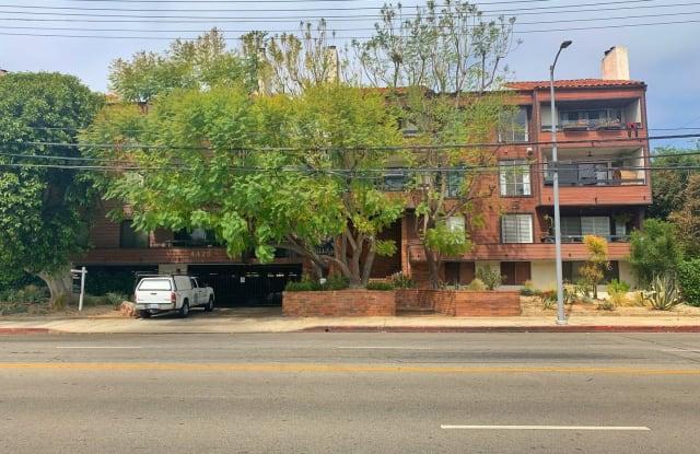 4425 Whitsett Ave. #215 - 4425 Whitsett Avenue, Los Angeles, CA 91604
