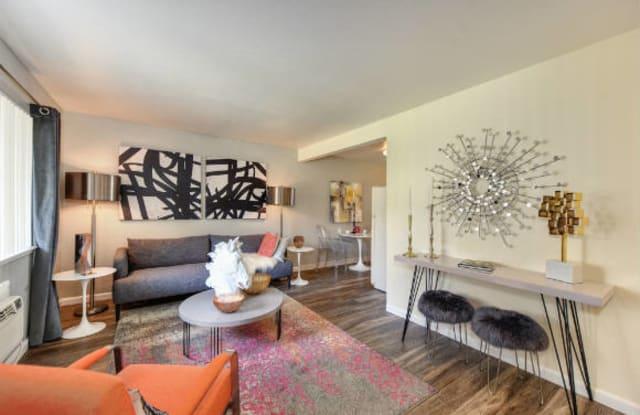 Olympus Park Apartment Homes - 1148 Conroy Ln, Roseville, CA 95661