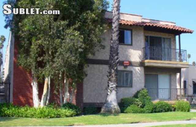 525 99th St - 525 East 99th Street, Inglewood, CA 90301
