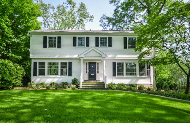 23 Wynmor Rd - 23 Wynmore Road, Scarsdale, NY 10583