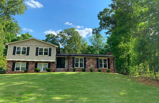 490 Woodgate Dr - 490 Woodgate Drive, Cobb County, GA 30066