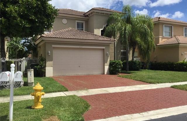 3737 NE 19th St - 3737 Northeast 19th Street, Homestead, FL 33033