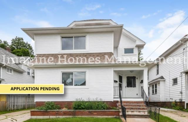 1537 Hopkins Avenue - 1537 Hopkins Avenue, Lakewood, OH 44107