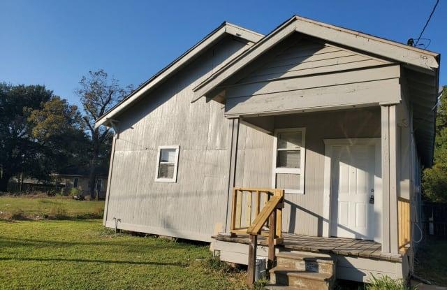 1109 Sherman St - 1109 Sherman Street, Beaumont, TX 77701