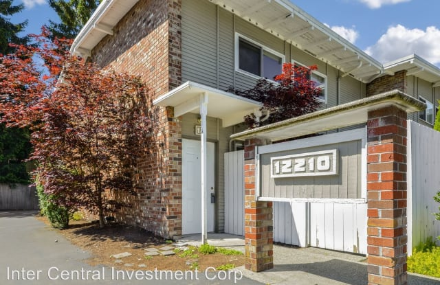 12210 SE 60th st Unit 12 - 12210 Southeast 60th Street, Bellevue, WA 98006