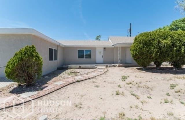 315 57th Street Northwest - 315 57th Street Northwest, Albuquerque, NM 87105