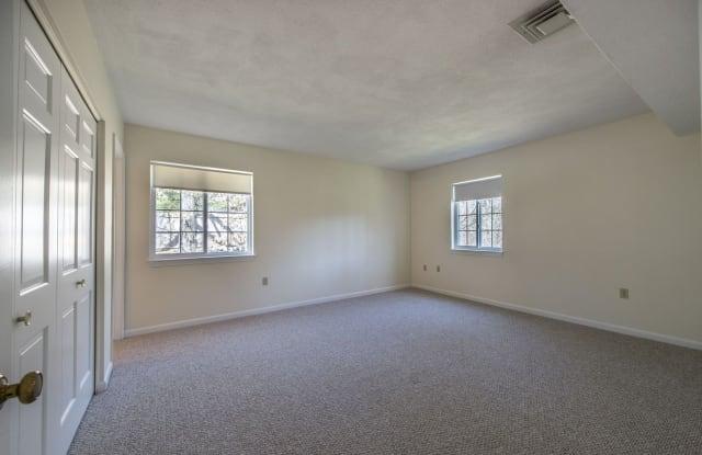 Minuteman Apartments - 4 April Lane, Lexington, MA 02421
