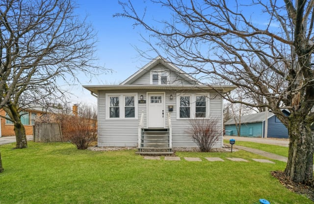 313 West North Avenue - 313 West North Avenue, Elmhurst, IL 60126