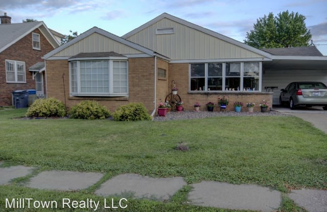 226 W 2nd Ave - 226 2nd Ave W, Milan, IL 61264