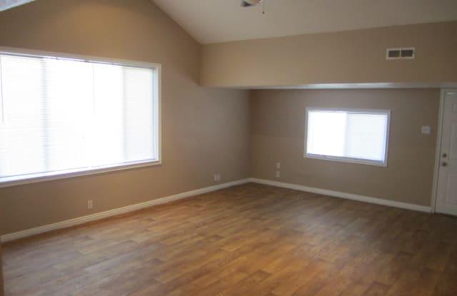 284 East Baird Avenue - 284 Baird Avenue, South Salt Lake, UT 84115