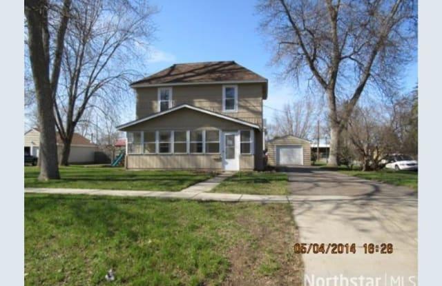 521 Main St - 521 Main Street, Farmington, MN 55024