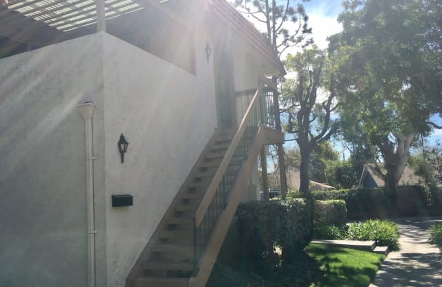 22752 Madrid Dr - 22752 Madrid Drive, Lake Forest, CA 92630