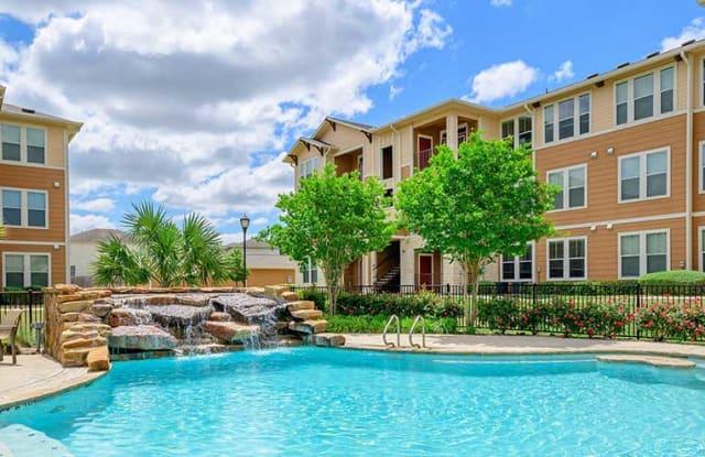 Parkway Grande Apartment Homes - 1811 Medical Pkwy, San Marcos, TX 78666