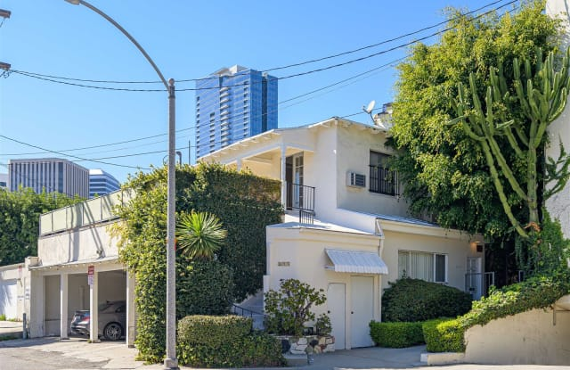 9908 Robbins Dr - 9908 Robbins Drive, Beverly Hills, CA 90212