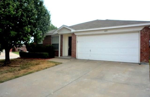 645 Raven Drive - 645 Raven Drive, Saginaw, TX 76131