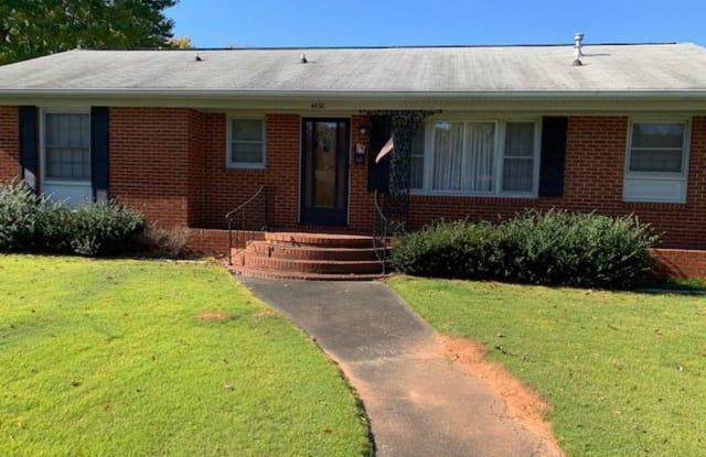 4630 Kipling Drive - 4630 Kipling Drive, Charlotte, NC 28212