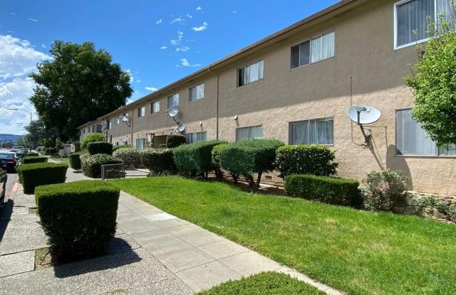 4033 & 4047 Hamilton Avenue - 4033 Hamilton Avenue, San Jose, CA 95130