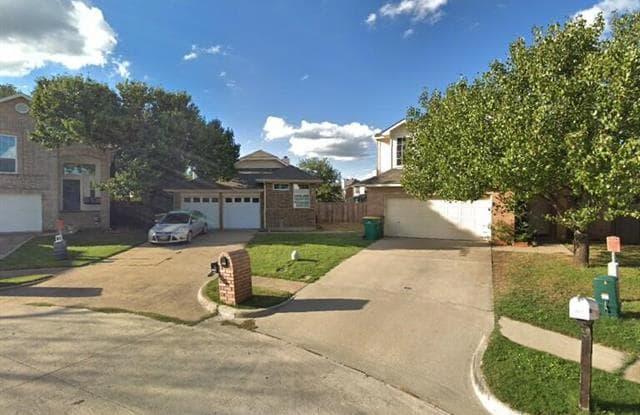 1810 Cactus Circle - 1810 Cactus Circle, Lewisville, TX 75077